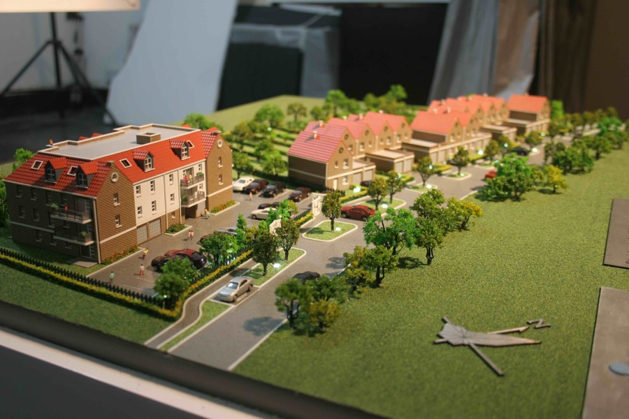 Scale Models Commercial and Residential 19