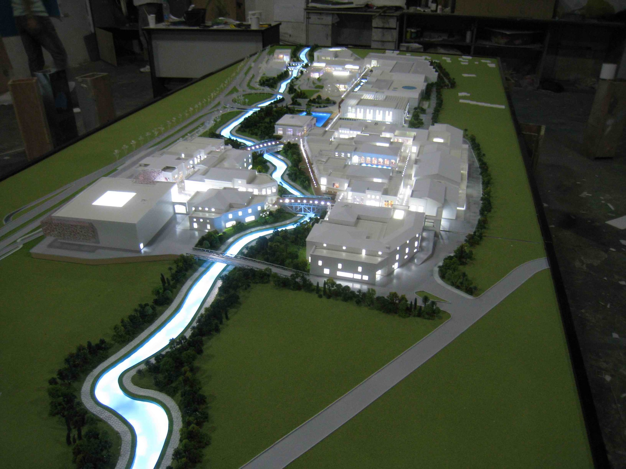 Scale Models Commercial and Residential 26