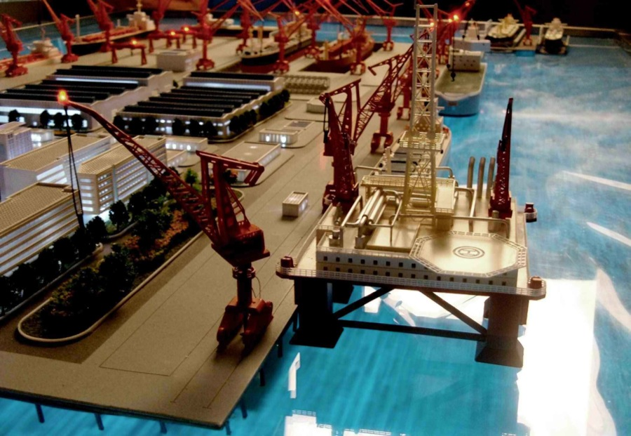 scale models industrial 7